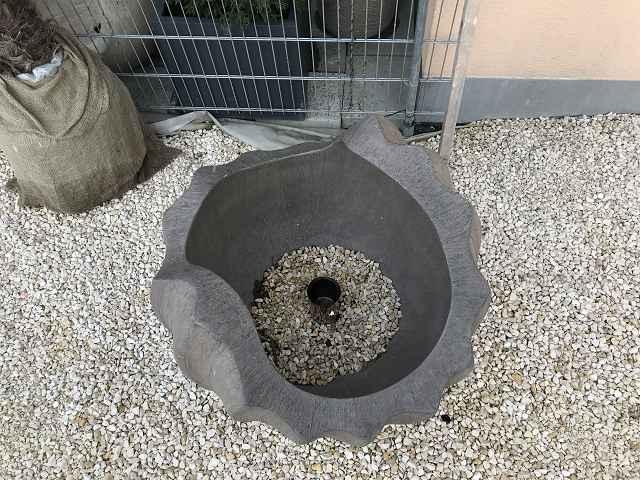 Kugel Skulptur 90 cm Durchmesser braun grau